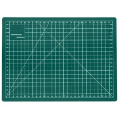 Коврик непрорезаемый, толщина 3 мм, А4 (300х220 мм) арт. 10508